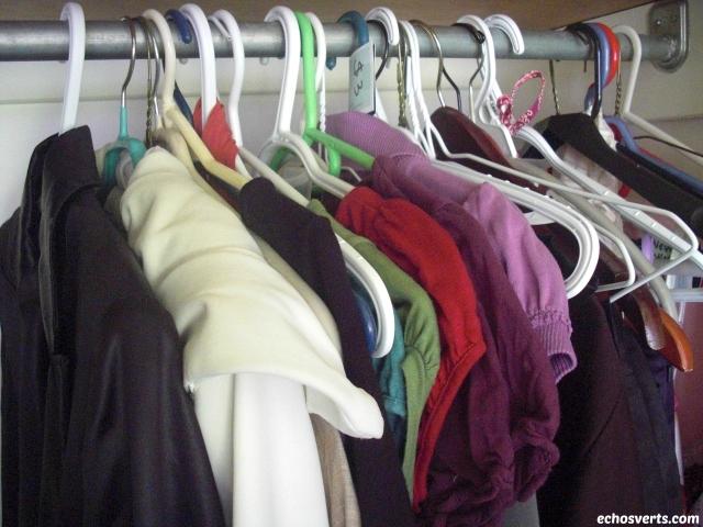 Trier garde-robe minimaliste- copyright- echosverts.com