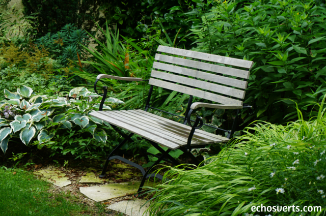 S'asseoir sur un banc en ville echosverts.com