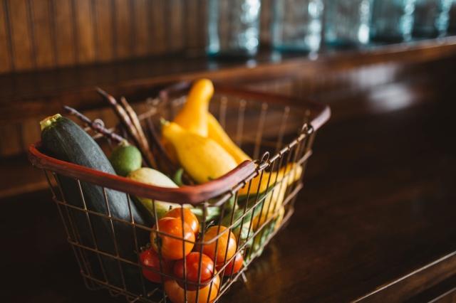 Panier de légumes source Unsplash