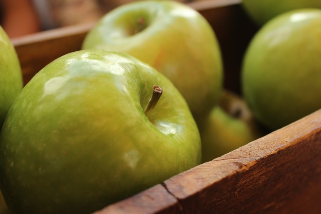 Apples unsplash